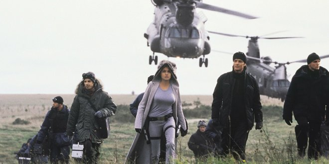 Angelina Jolie in Lara Croft: Tom Raider (2001)