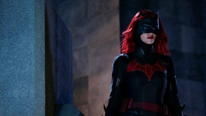 Batwoman 01x03 - Down, Down, Down