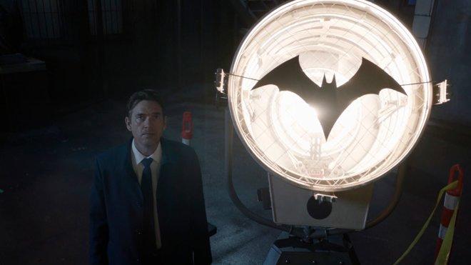 Batwoman 02x01 - Episode 1