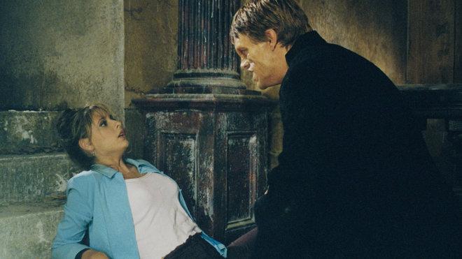 Buffy - Im Bann der Dämonen 01x01 - Das Zentrum des Bösen