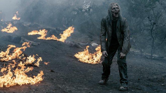 Fear the Walking Dead 05x01 - Hier um zu helfen