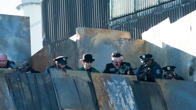 Gotham 05x11 - Legend of Dark Knight: They Did What?