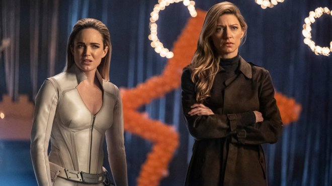 Legends of Tomorrow 04x16 - Hey, World!